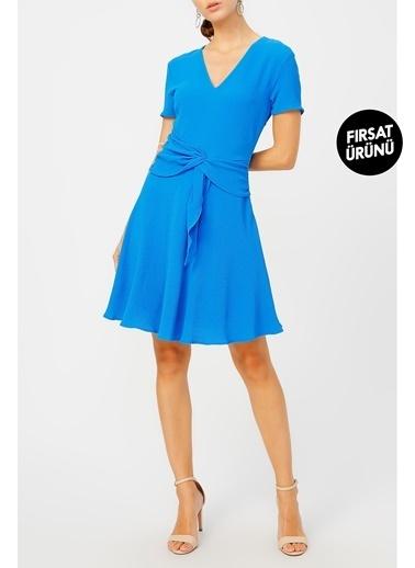 Random Kadın Belinden Bağlamalı V Yaka Elbise Mavi